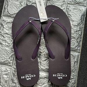 BNWT flip flops